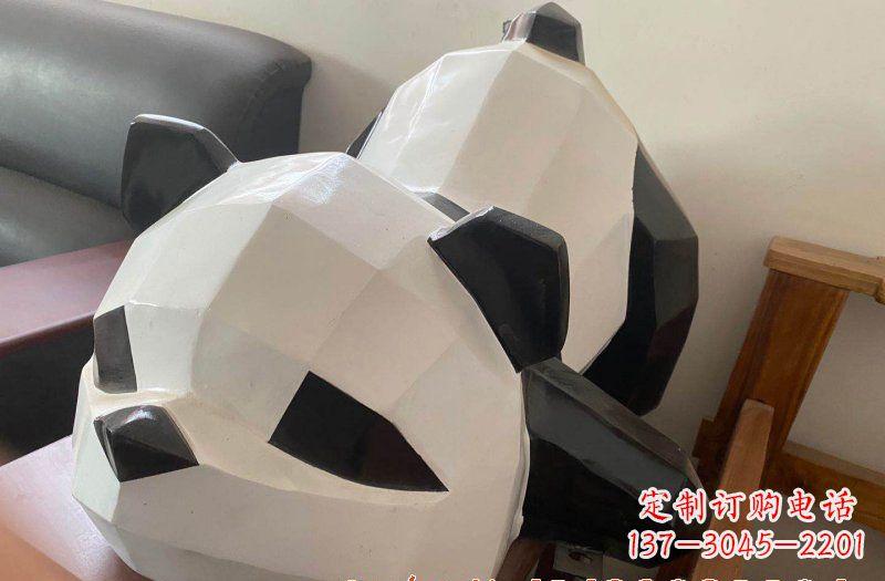 玻璃钢切面熊猫雕塑