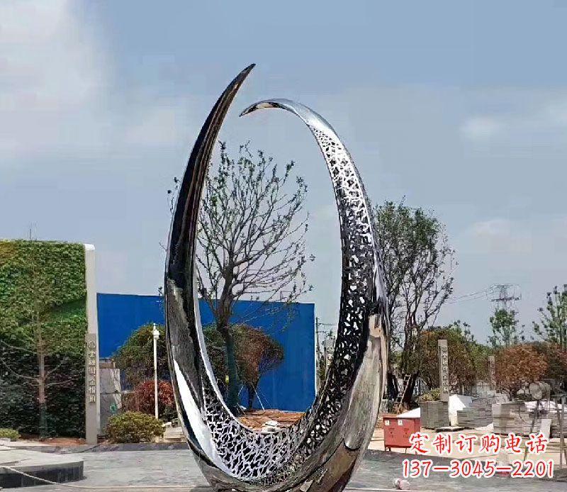 不锈钢创意景观雕塑12