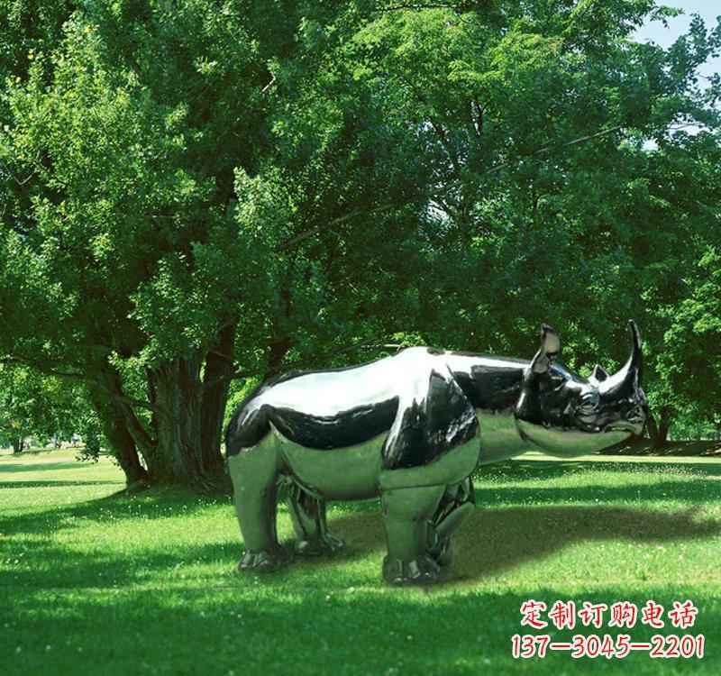 不锈钢园林动物镜面犀牛雕塑