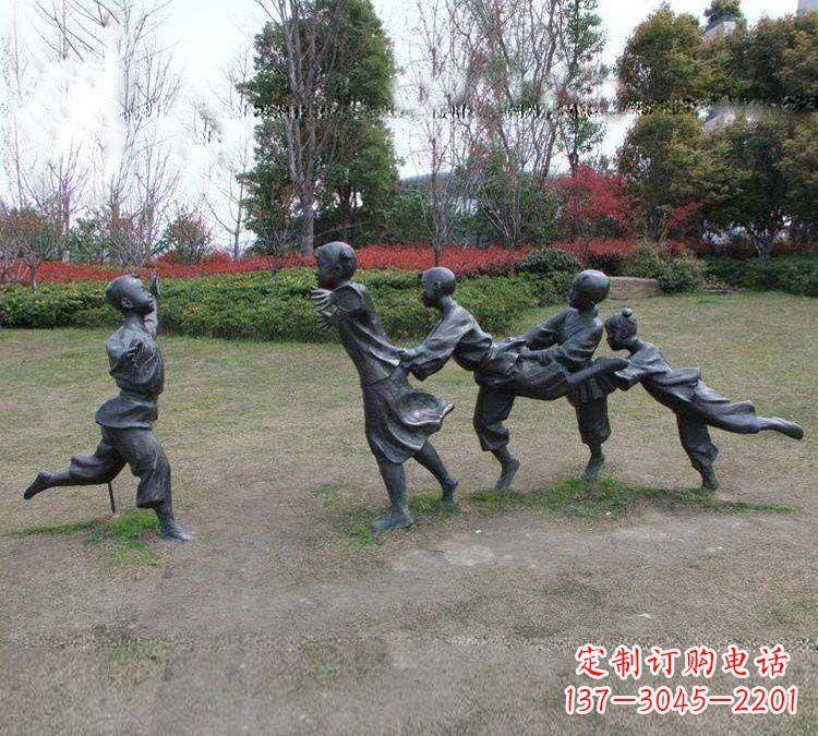 铸铜老鹰捉小鸡儿童雕塑